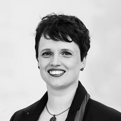 Corinna Jonske Dipl.-Ing. (FH) Augenoptik Kontaktlinsen-Spezialistin