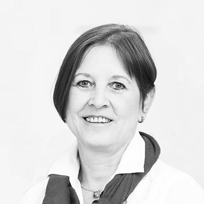Jutta Zenger Augenoptikermeisterin Kontaktlinsen-Spezialistin